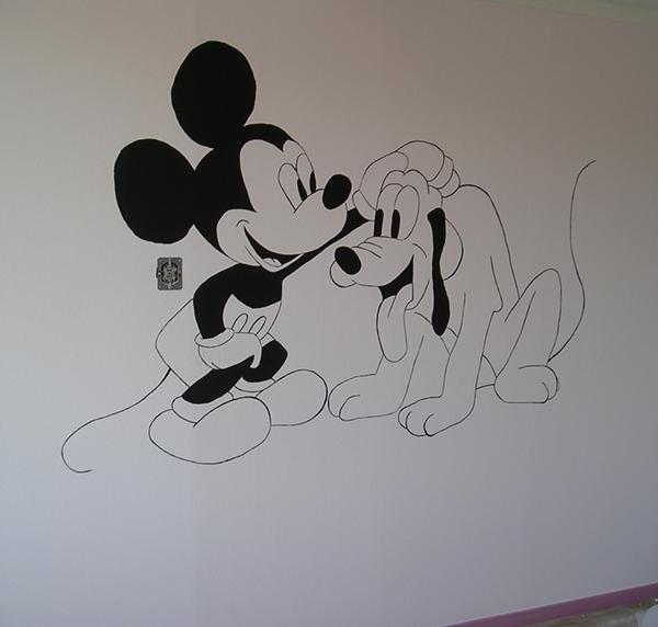 Mickey en Pluto muurschildering